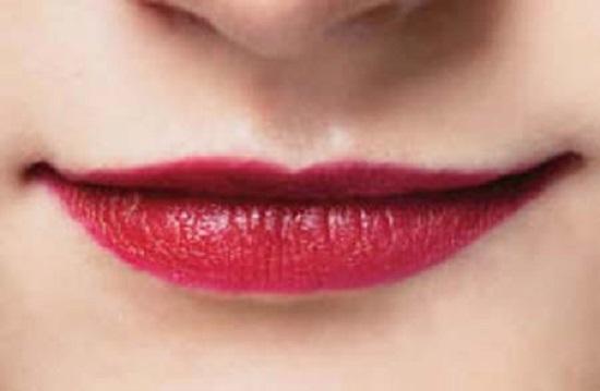 Labbra sottili o carnose. Vi spieghiamo come truccarle.