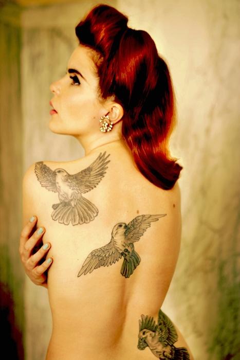 Paloma-Faith-bird-tattoo